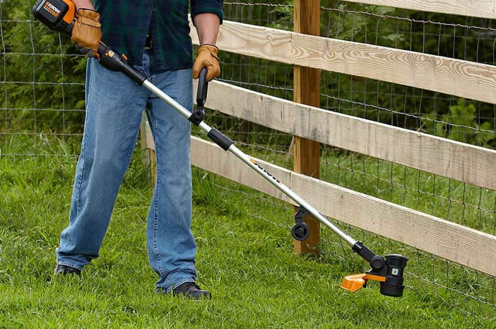 Poulan Pro PP125 17-Inch 25cc 2-Cycle Gas-Powered Straight-Shaft String Trimmer with Split Shaft Review