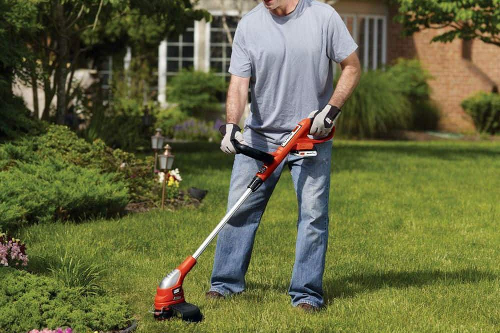 Toro Co M/R Blwr/Trmmr 51480 14-Inch Electric String Trimmer with Walk-Behind Edging Review